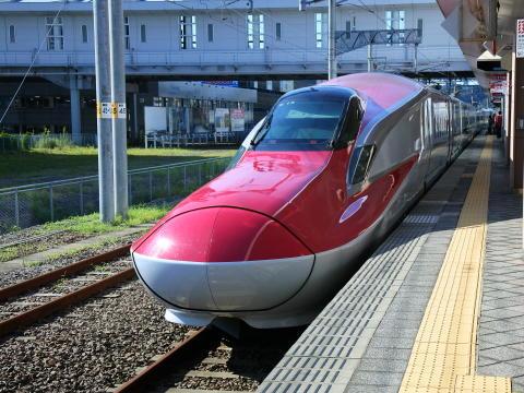 E6系こまち(秋田駅にて撮影)