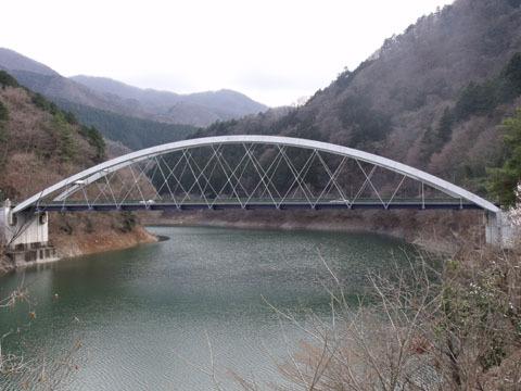 周遊道路終点の三頭橋