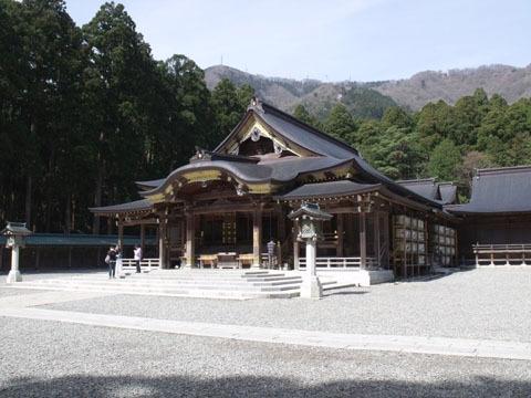 神社の御社殿