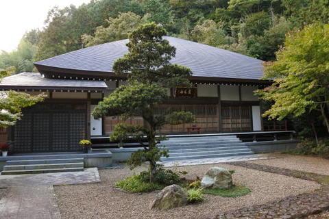 宝蓮寺の本堂