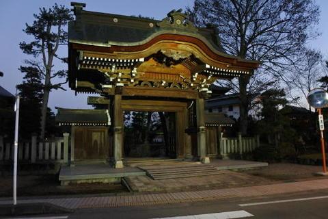 本光寺の山門