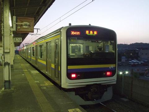 鹿島線の電車が到着