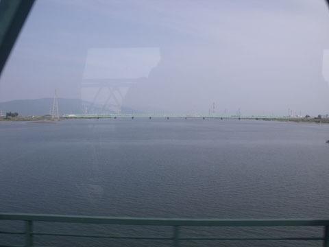 木曽川を通過