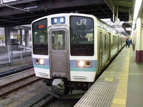 松本行きの211系