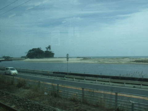 海沿いを走る区間もありました