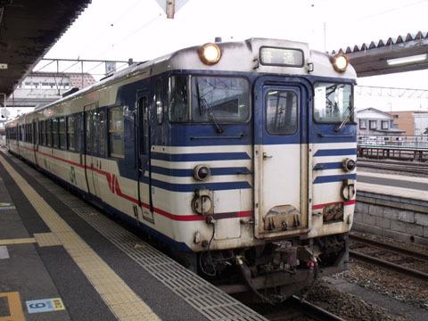 古参の国鉄型車両、キハ47型