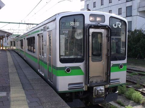 弥彦線のE127系