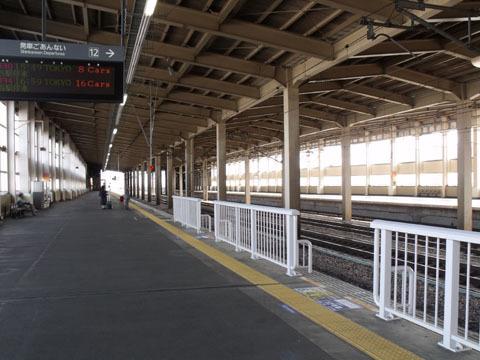 浦佐駅新幹線ホーム