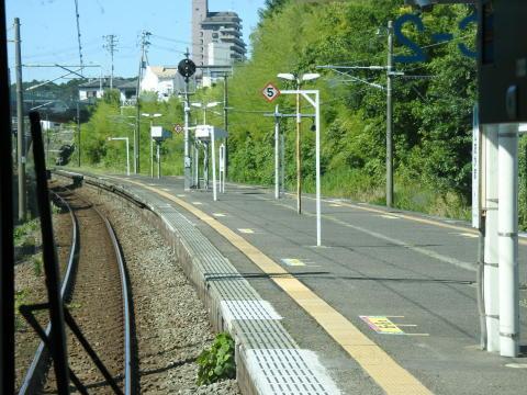 塩釜駅を発車
