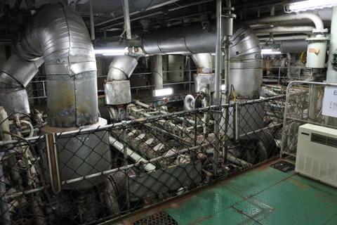 最下層にあるエンジン室