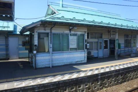 1駅離れると途端にローカル線な雰囲気