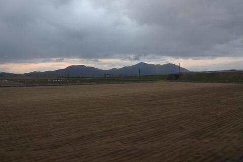 越後の米どころと弥彦山
