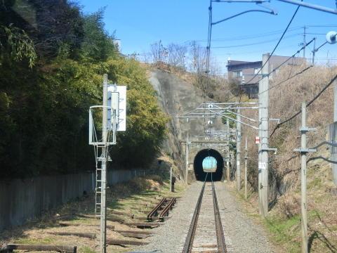 東塩釜から先は線路も単線に