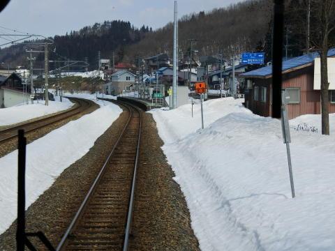 新庄の1つ手前、南新庄駅