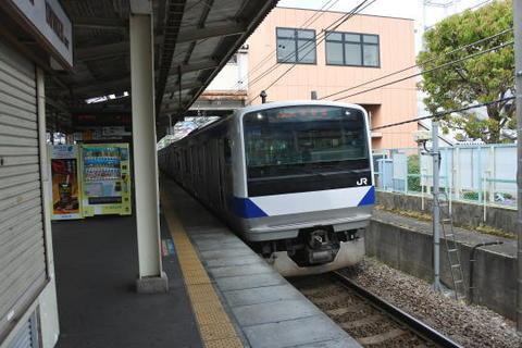土浦行きの電車が到着