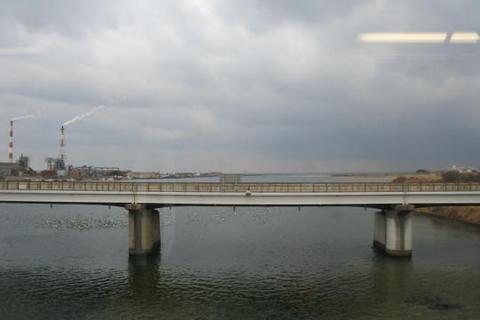江の川、河口側