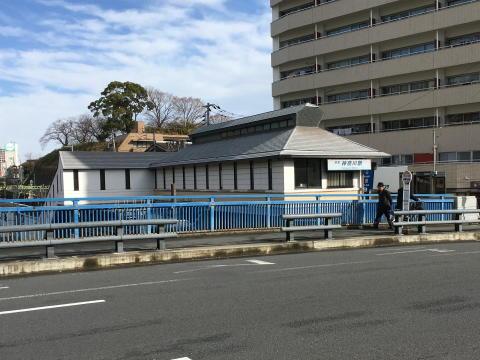 京急線神奈川駅