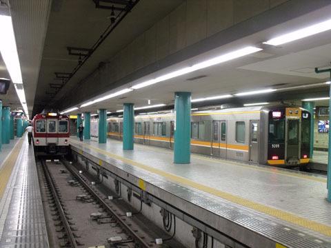 近鉄奈良駅ホーム
