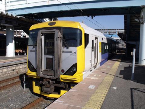 これは東京行きの特急列車