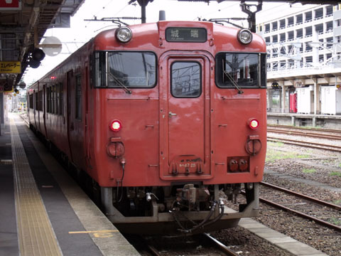 城端線キハ47型