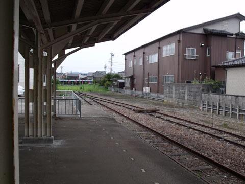 終着駅の雰囲気ばっちりです
