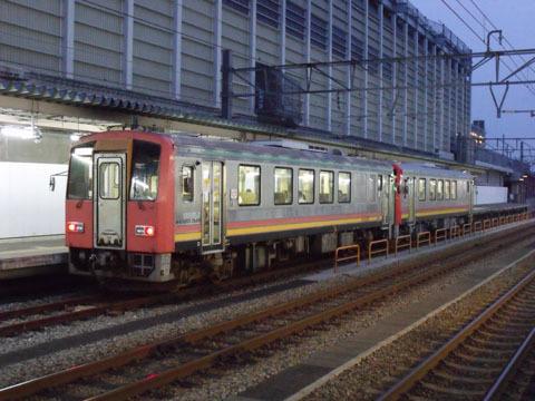 高山本線の普通列車(キハ120形)