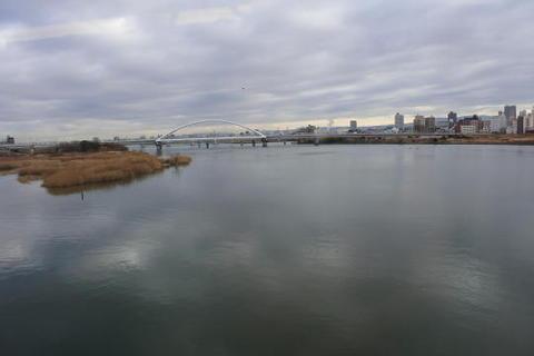 淀川を通過