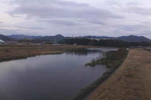 太田川に沿って走行