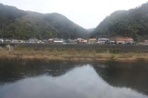 対岸は広島県