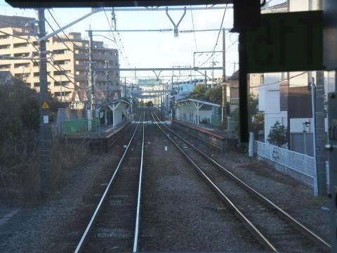 こう見ると私鉄線の駅っぽい