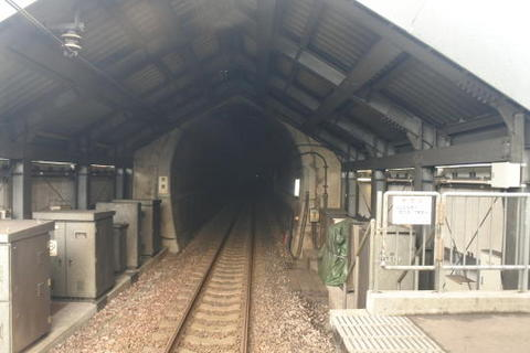 赤倉トンネルの入口