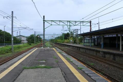 犀潟駅はホームが3番線まである