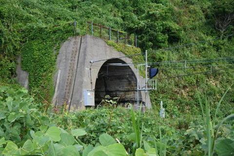 現在のトンネル入り口
