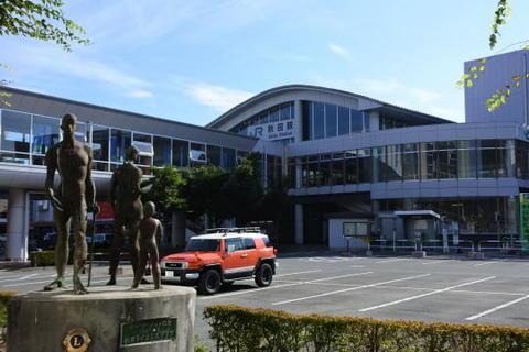 朝の秋田駅