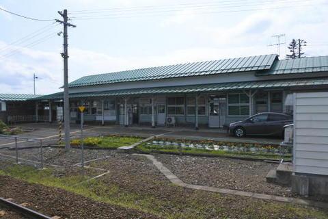 駅舎はしっかりとした造り