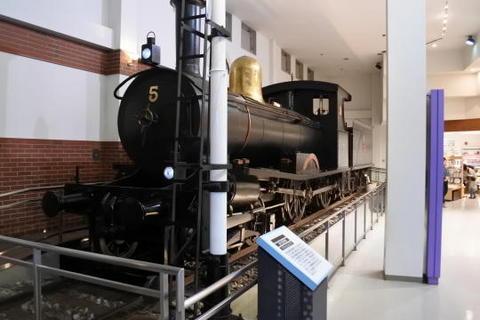 創業期の蒸気機関車